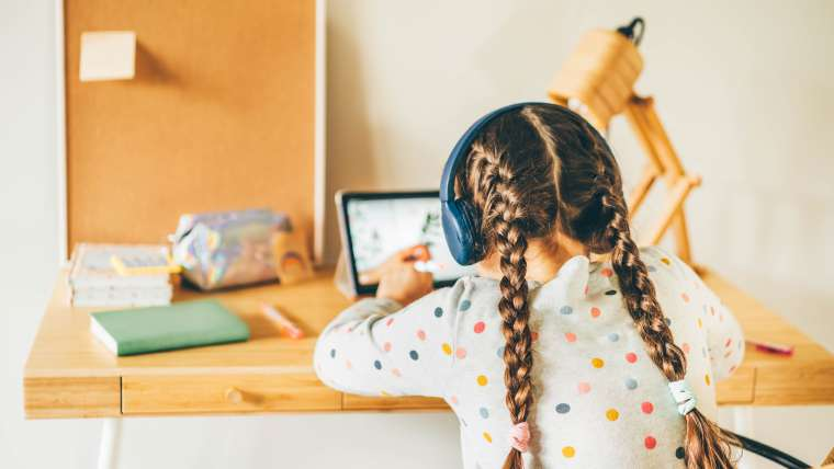5 Reasons Why Online Learning is the Future of Education